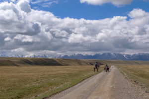 Read more about the article Kyrgyzstan 2: An offroad paradise