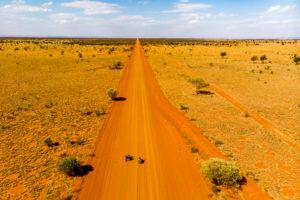 Australia: Great Central Road – 1000 kilometers of dust