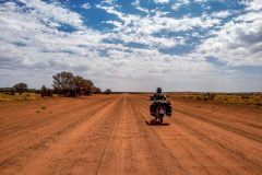 Almost no traffic in the australian outback