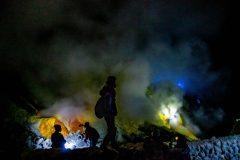 A sulfur Inferno