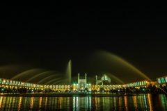 Naqsh-e-Dschahan Square at night